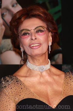 sophia loren guess. Tags: Sophia Loren