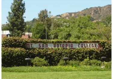 Mount Sac College 69