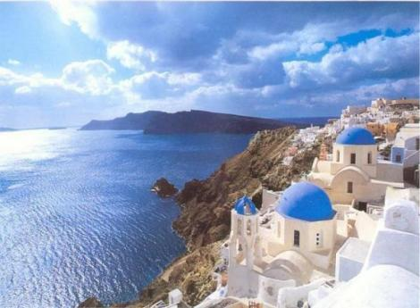 beauty-of-Santorini-Greece-holiday